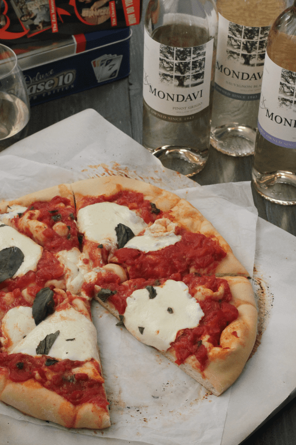Enter Margherita Pizza The Better Ingredients Less You Actually Need When Making A Simple Like This Let Flavors Speak For Themselves