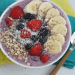 Mixed Berry Smoothie Bowl with Greek Yogurt