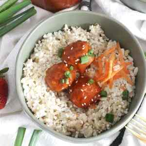 Strawberry Chipotle BBQ Glazed Meatballs #SundaySupper #FLStrawberry