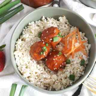 Strawberry Chipotle BBQ Glazed Meatballs #SundaySupper #FLStrawberry