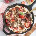 Strawberry S'mores Skillet Dip #SundaySupper #FLStrawberry