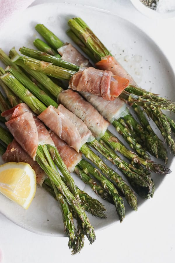 whole30 air fryer prosciutto wrapped asparagus