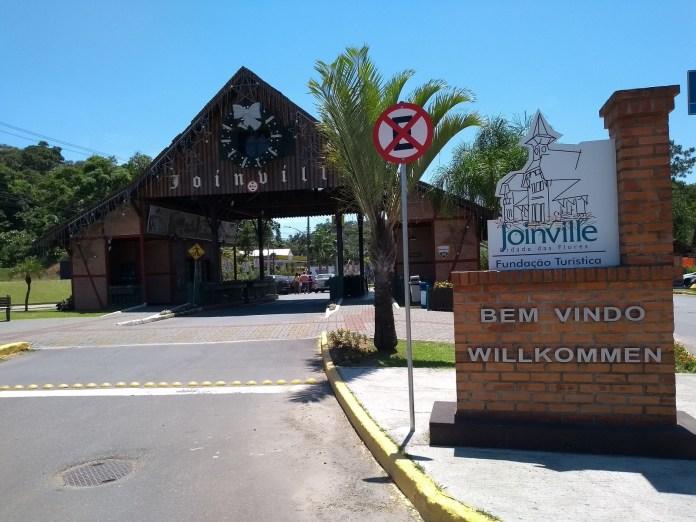Pórtico e Moinho Joinville