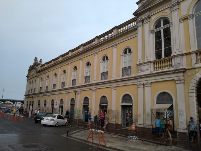 Mercado Público de Porto Alegre fachada lateral