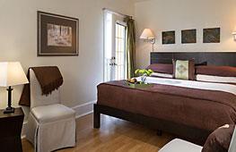Castillo Room