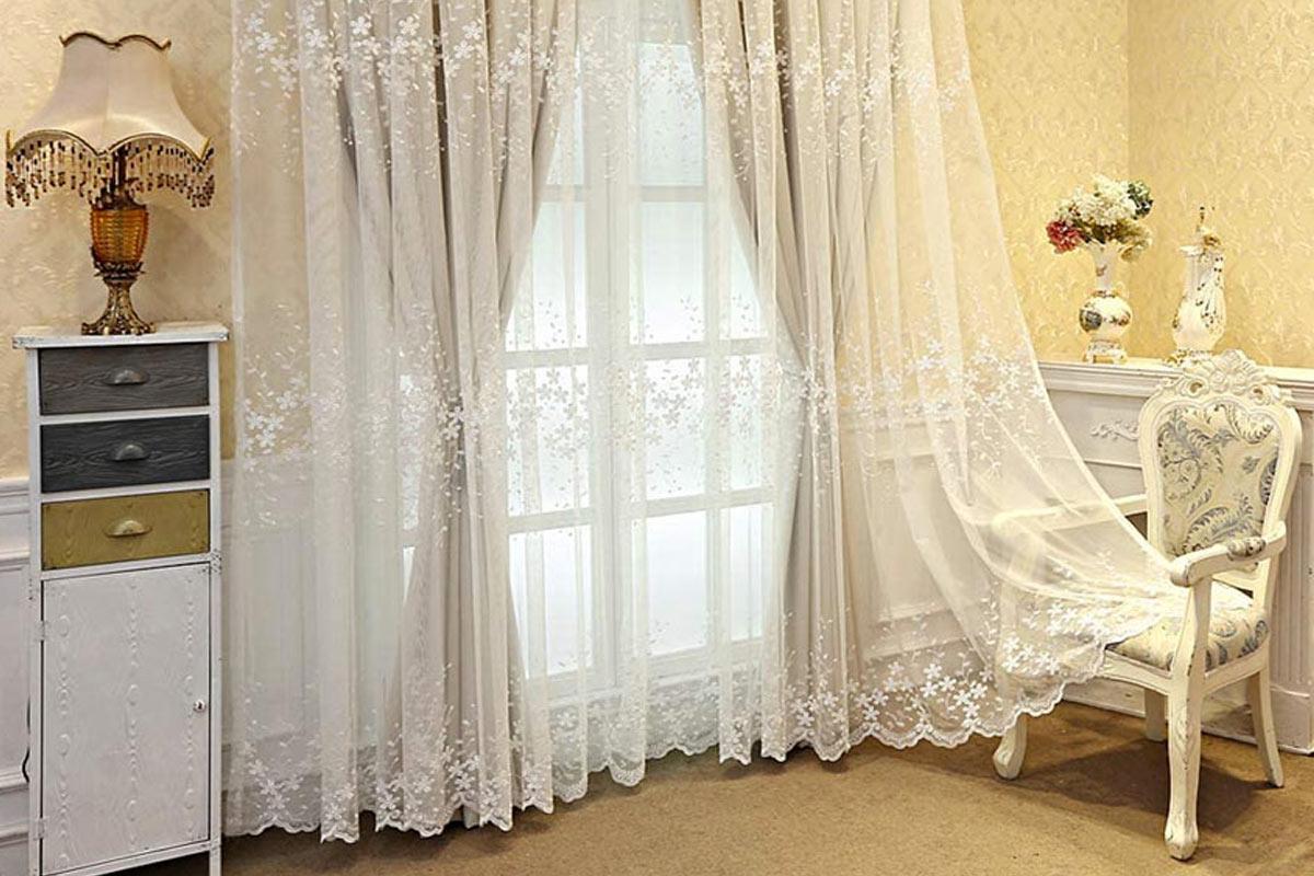 Alcune idee per scegliere le tende del soggiorno. Tende In Stile Shabby Idee E Consigli Per Arredare Casa