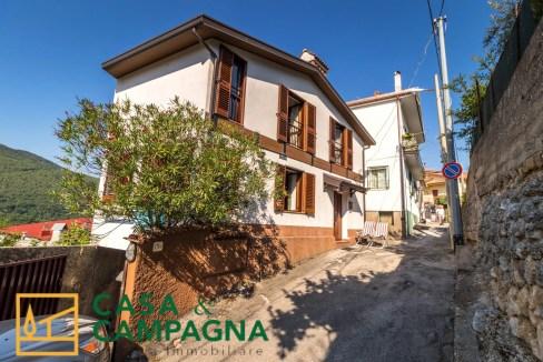 Casa indipendente in vendita Capriati a Volturno