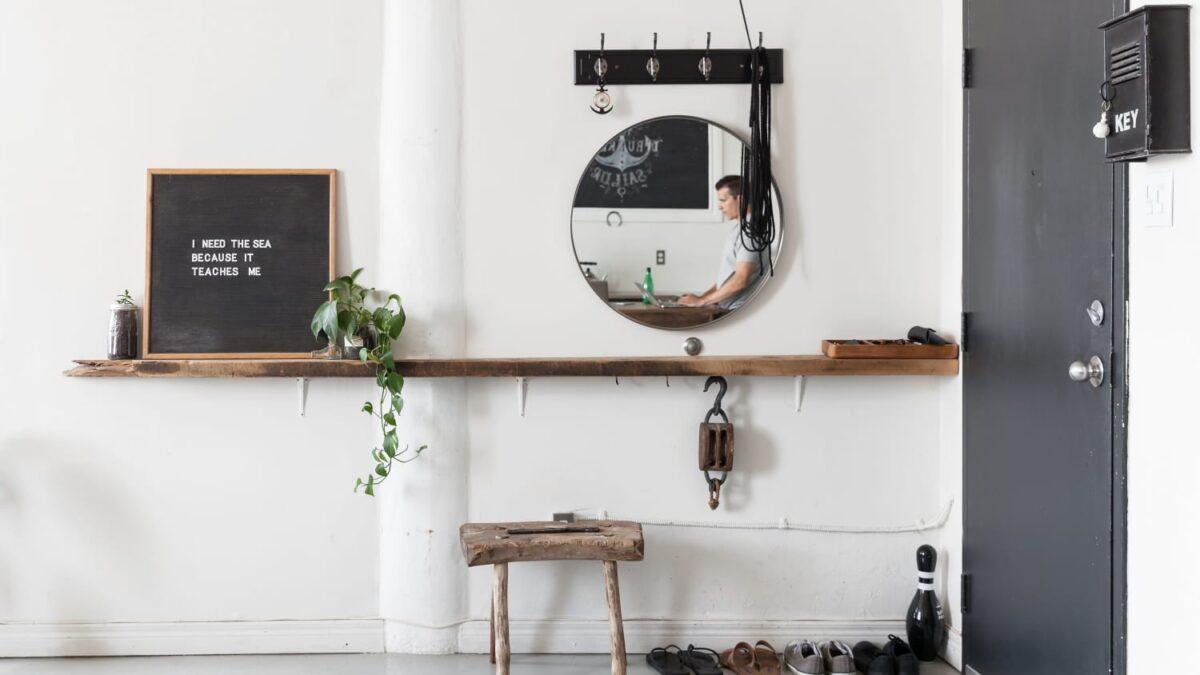 Per arredare un ingresso moderno basta che i mobili siano in. Come Arredare L Ingresso In Stile Scandinavo