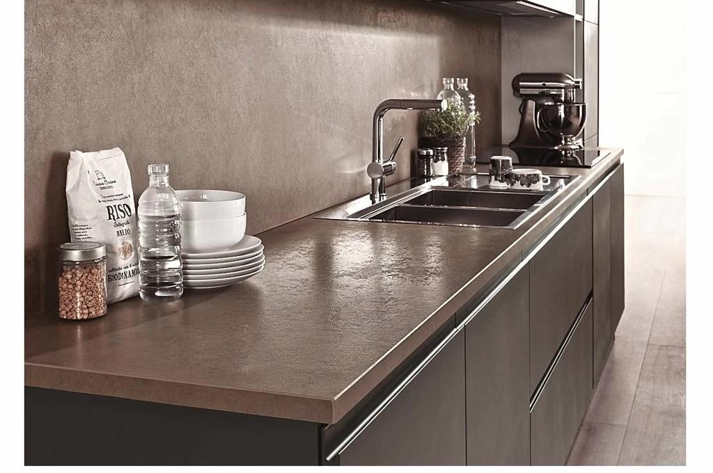 Materiali high tech in cucina 7 piani di lavoro al top  CASAfacile