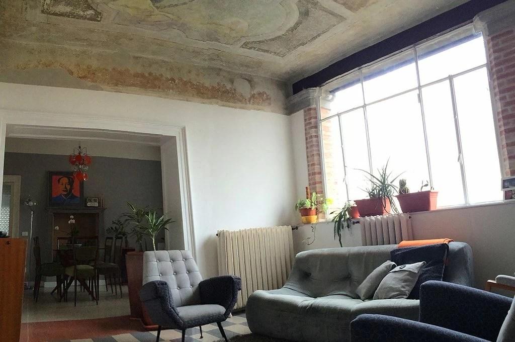 Ristrutturare una casa depoca e scoprire i soffitti