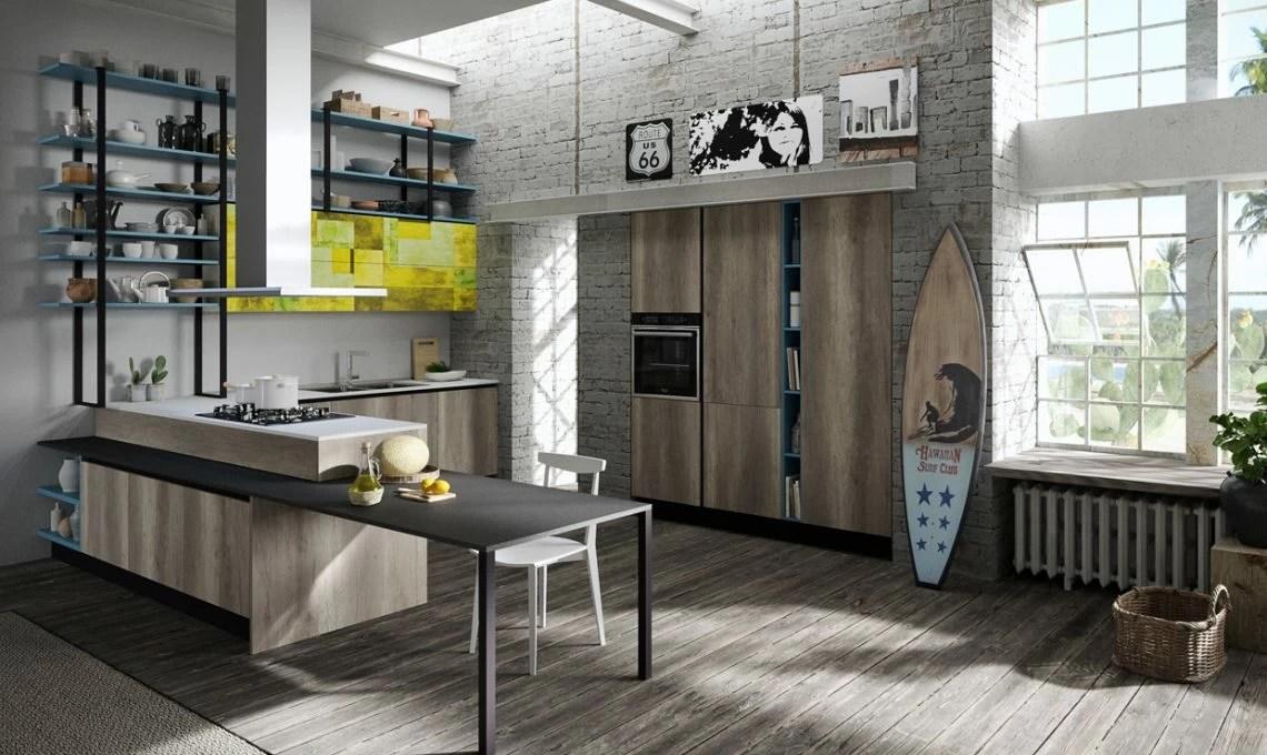 Una cucina moderna effetto legno  CASAfacile