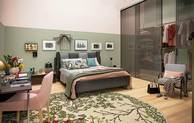 Camera da letto al femminile con maxi cabina armadio  CASAfacile