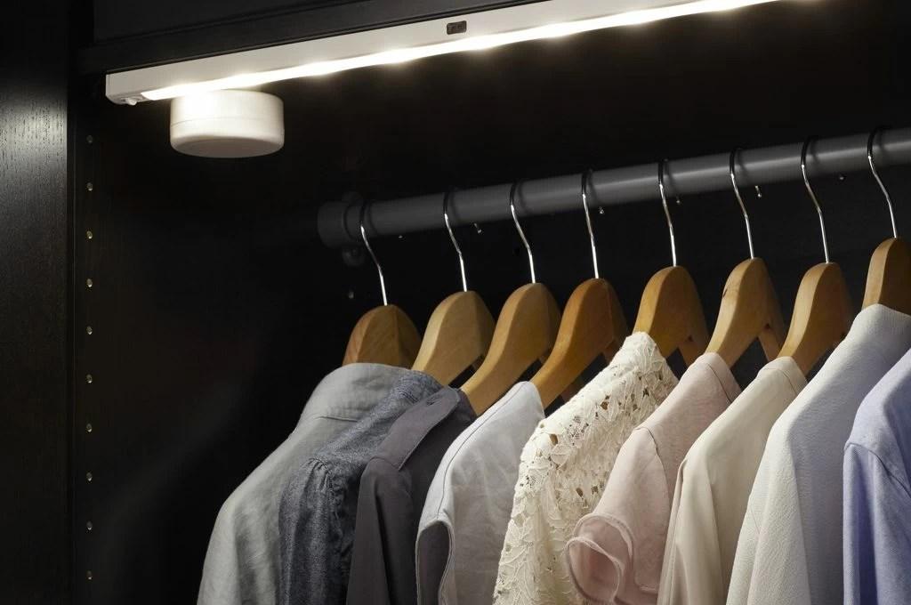Come illuminare a led larmadio e la cabina armadio  CASAfacile