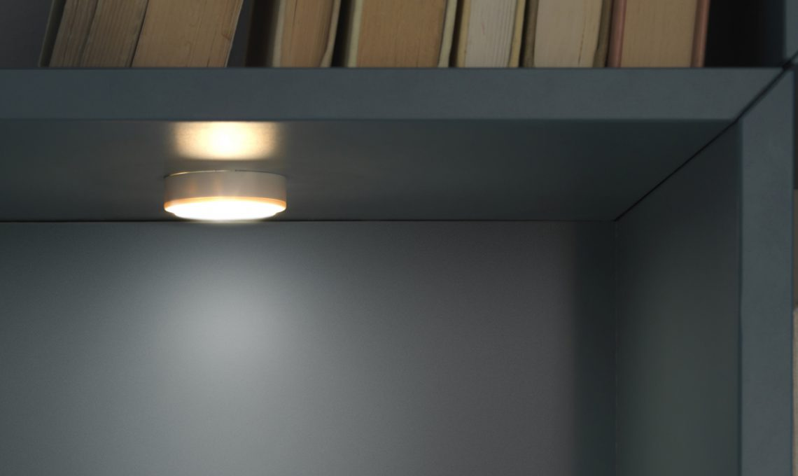 Come illuminare a led larmadio e la cabina armadio
