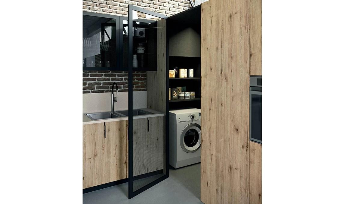 La cabina armadio che sfrutta langolo in cucina