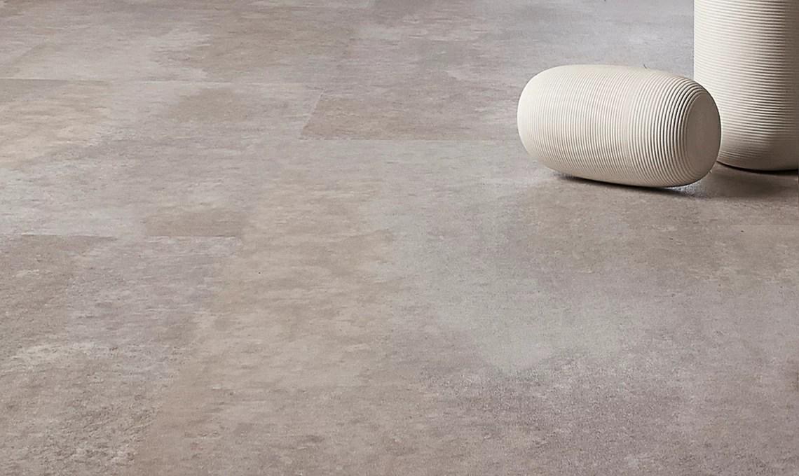 Come coprire il vecchio pavimento soluzioni con grs e vinilico  CASAfacile