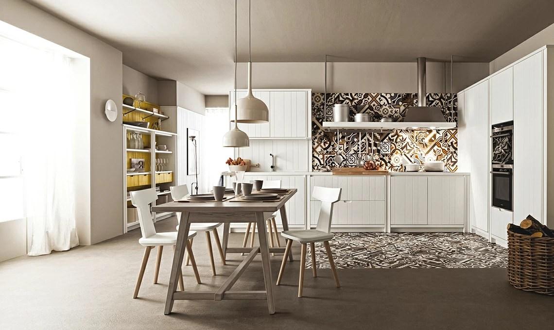 Aumenta Lo Spazio Con La Quinta Che Divide Cucina E Living