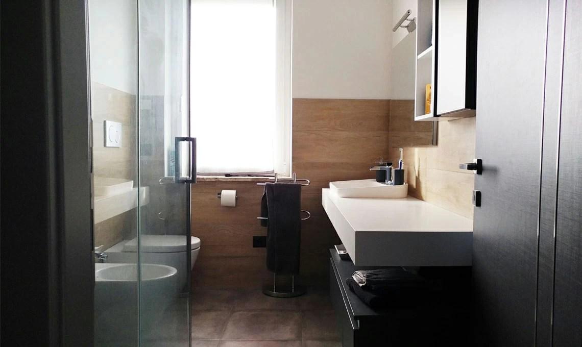 Ristrutturare un grande soggiorno con cucina a vista in mansarda  CASAfacile