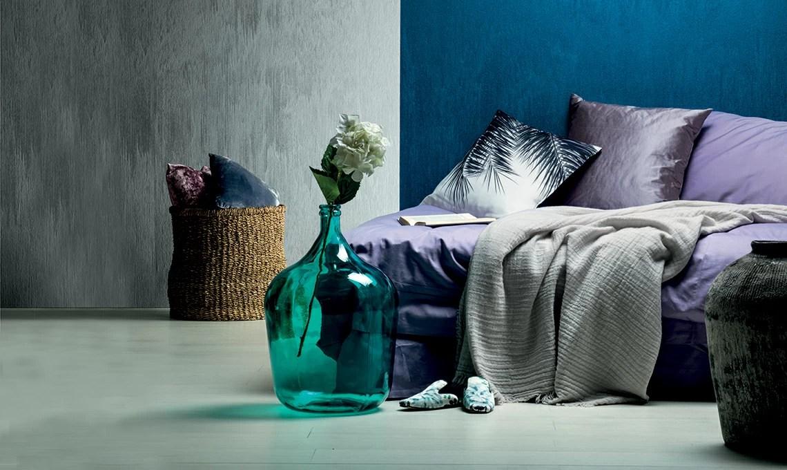 La preziosità fastosa dei tessuti sulle pareti per una decorazione che rappresenta l'eleganza dei. Dona Luce Alle Pareti Con Le Pitture Effetto Seta Casafacile