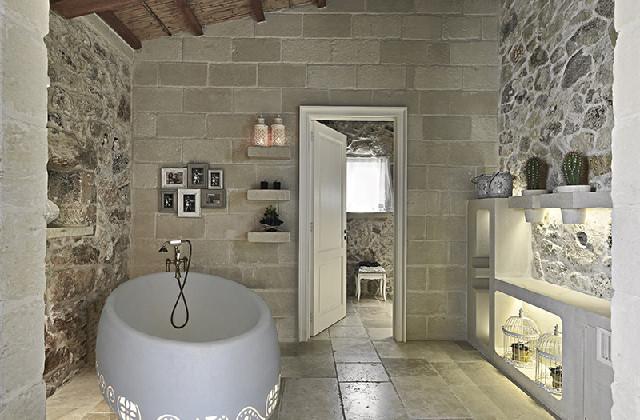 Scegliere la pietra in bagno per un effetto di rustica