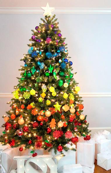 5 Tema Warna Unik untuk Pohon Natal  CASAINDONESIACOM