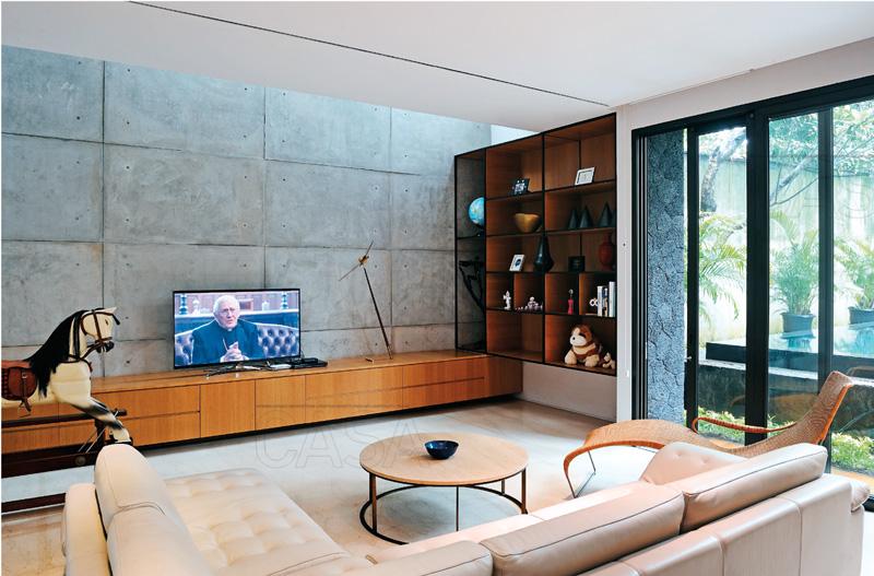 Tips Memilih dan Meletakkan TV di Ruang Keluarga