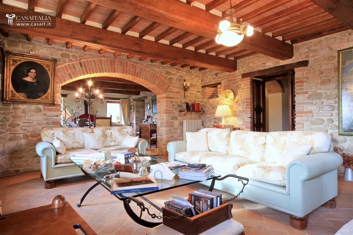 Casale di lusso con piscina in vendita a Todi  Umbria