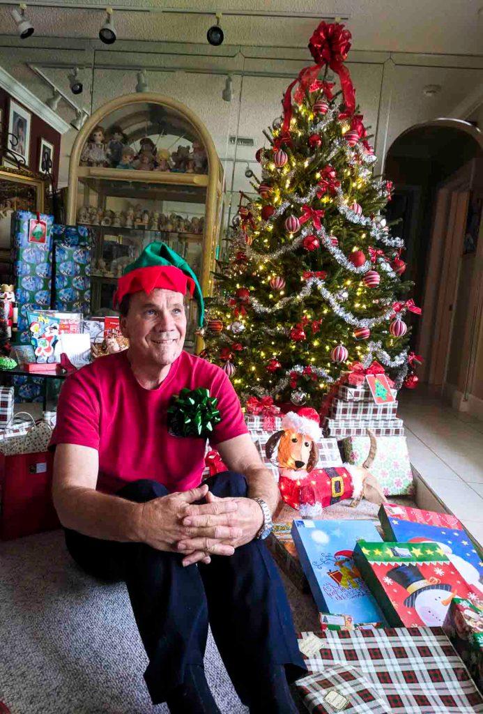 Roberts Story Christmas Gift