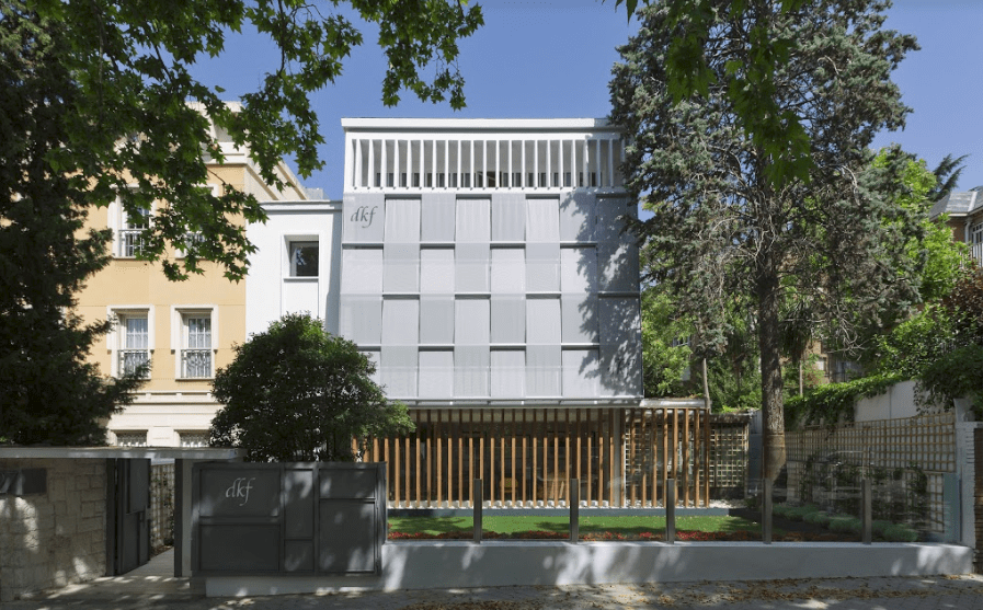 Clínica DKF Madrid