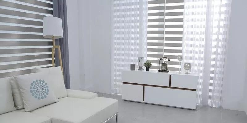 Le tende mantovane, dette anche tendine a vetro, si chiamano così per la similitudine con le decorazioni di legno o metallo che si possono trovare sotto il bordo del tetto; Tende Moderne Tutto Quello Che C E Da Sapere Casa Live