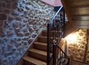 Escalera de madera y hierro