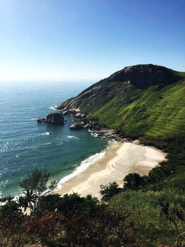 Pedra da Tartaruga e Praia do Perigoso