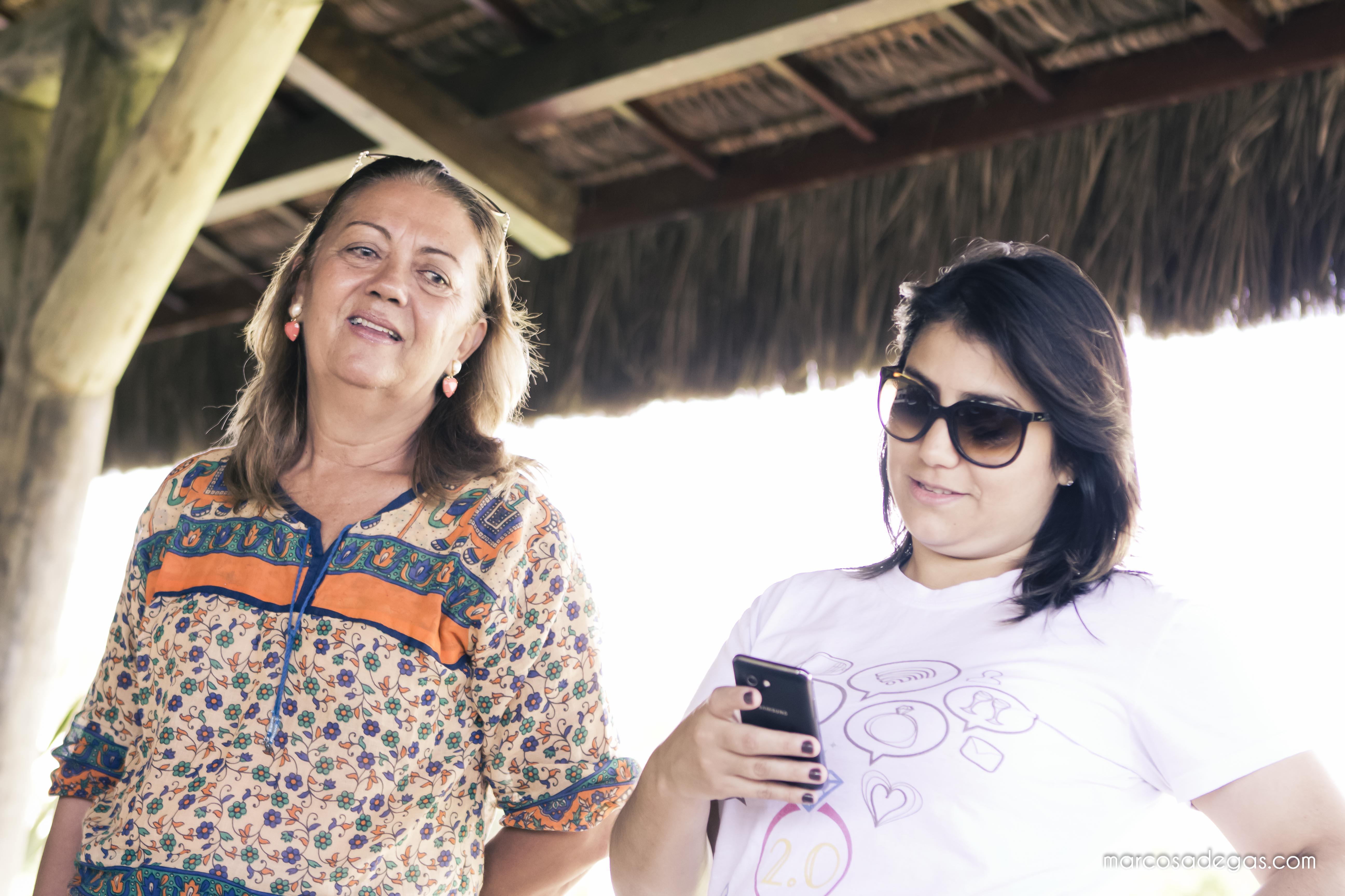 A blogueira Natália e Marlene Sobreira, nos bastidores.