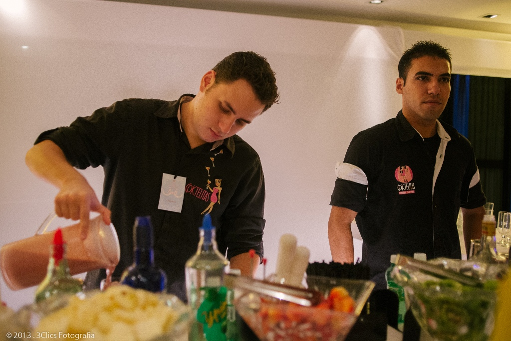 Equipe Coktelitas em ação em nosso evento. Foto: 3Clics Fotografia.