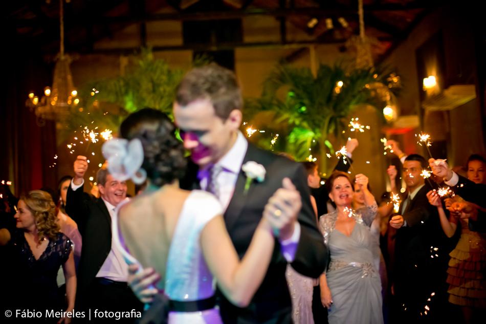 Noivos: Lissa e Eduardo. Foto: Fábio Meireles.