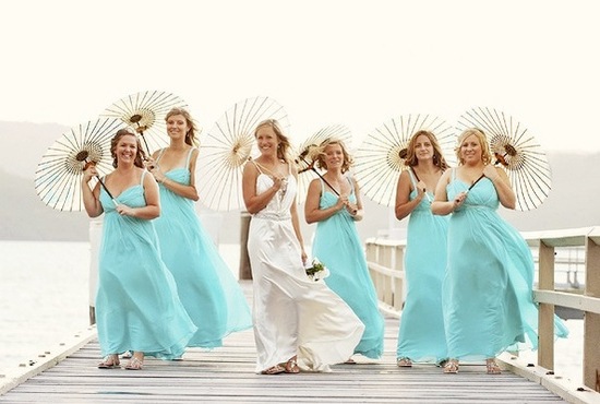 wedding-parasols-bridesmaids.001