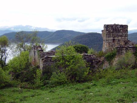 Despoblado de Osa en el valle de Arce, objetivo final de esta ruta
