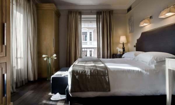 Rooms Suites Casa Montani Luxury BB Rome Italy