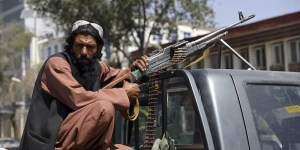 Talebani vaccini
