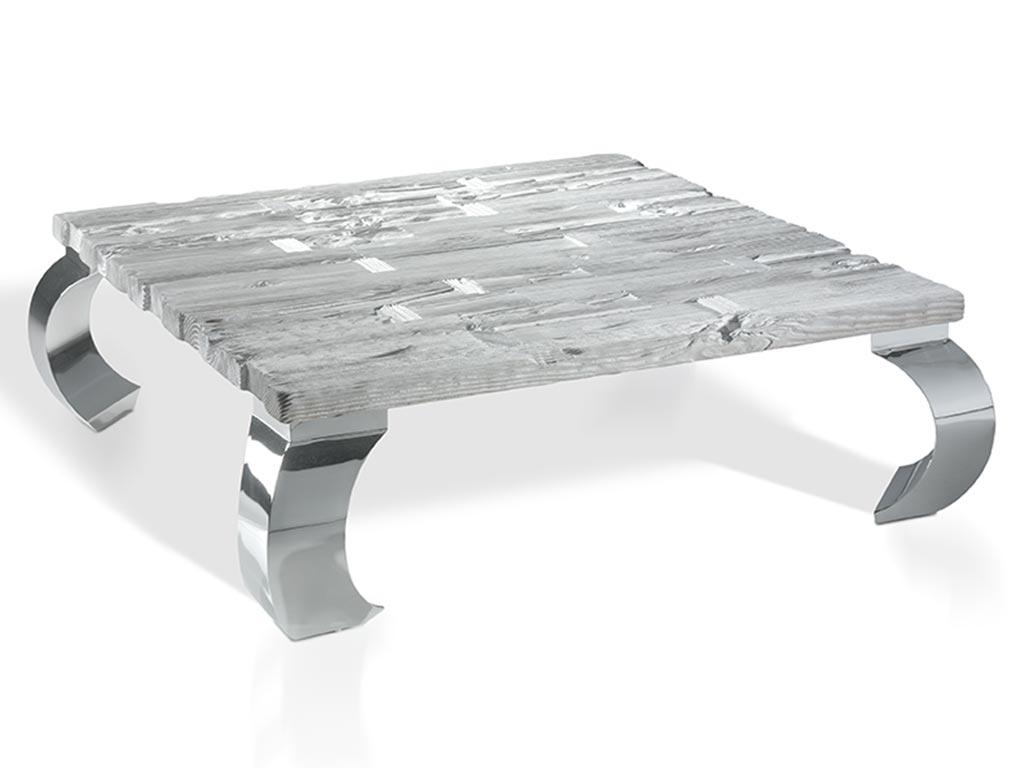 Mesas de centro cuadradas en madera de mobila vieja y