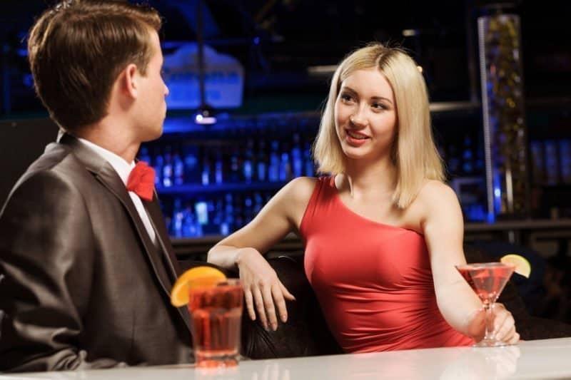 Frauen verführen Flirtspiel