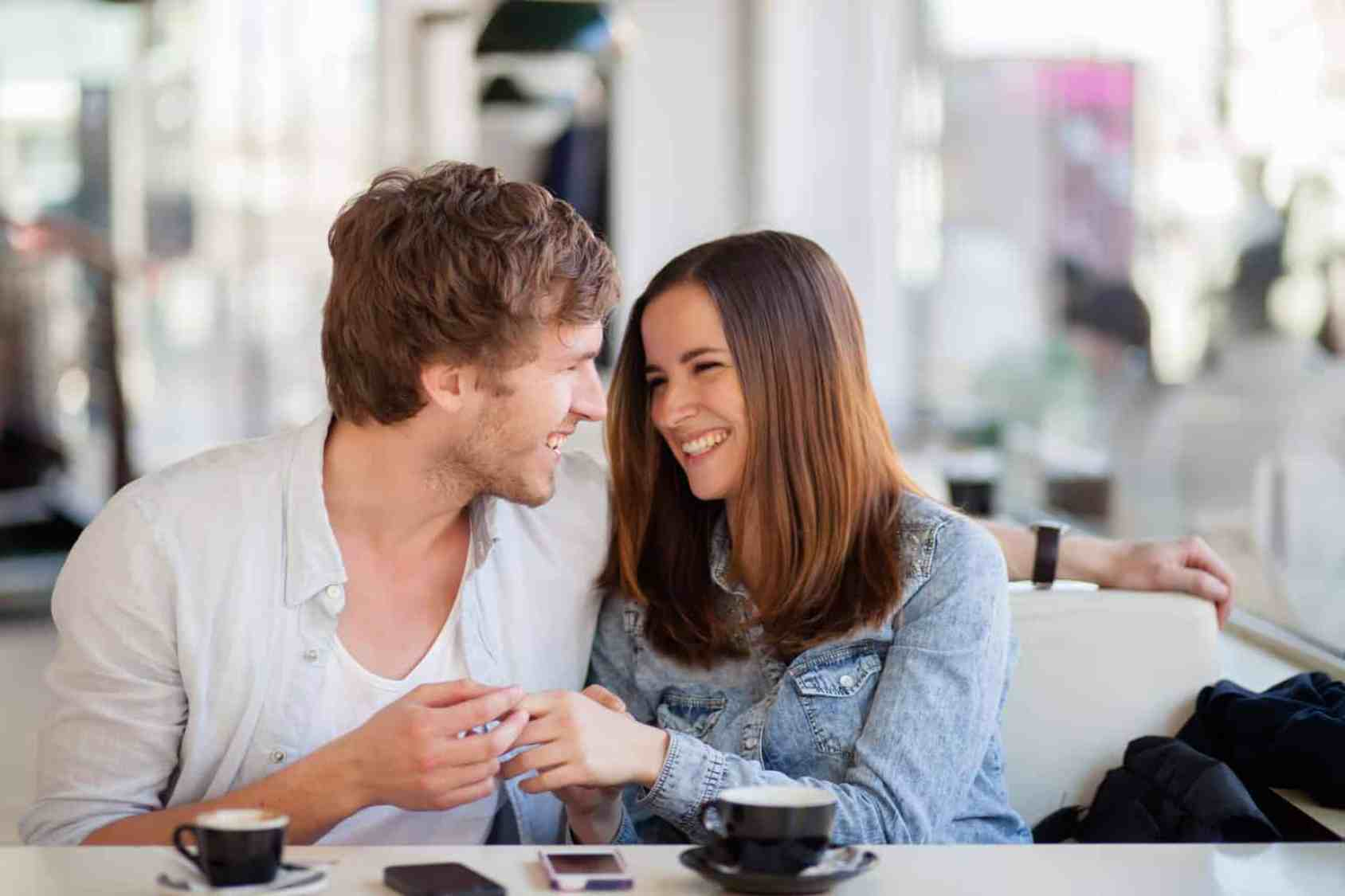 Online-Dating-Betrüger vor Gericht