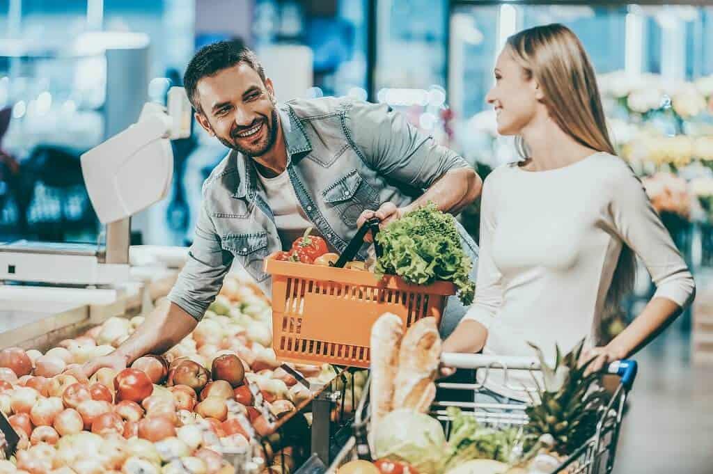 Frauen richtig ansprechen beim Einkaufen
