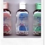 Riciclare il Johnson's Baby Oil come lucidante e protettivo per i mobili da giardino