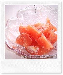 insalata di pompelmo rosa e gamberetti