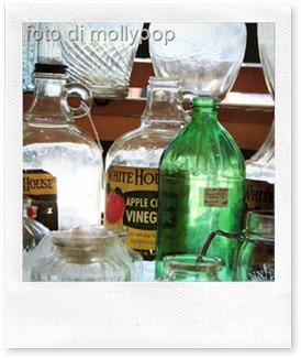 10 idee per usare l'aceto per le pulizie di casa