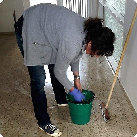 Assumere una colf per l'aiuto in casa: 4 cose da sapere