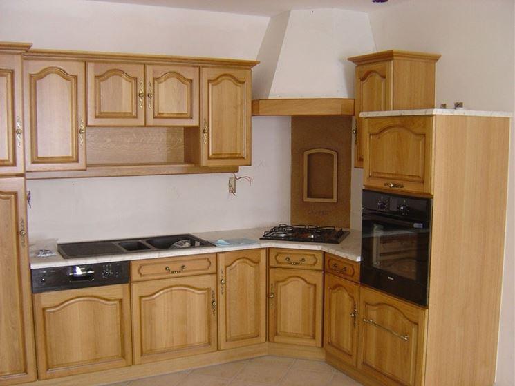 Cucine in legno massello  La cucina  Cucine legno massello