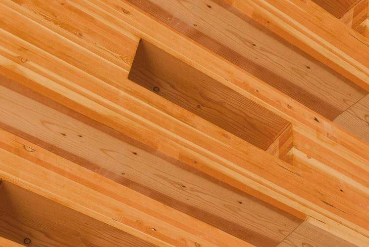 Pregi e difetti delle travi in legno lamellare  Scelta Travi  Travi in legno lamellare quali