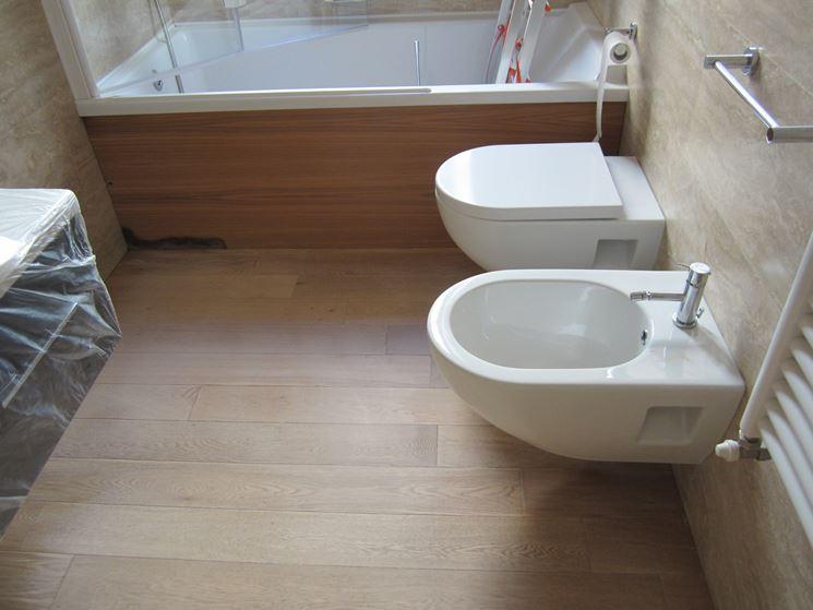 Parquet laminato bagno  Parquet  Tipologie di parquet laminato per bagno